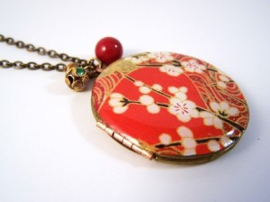 locket2you-red